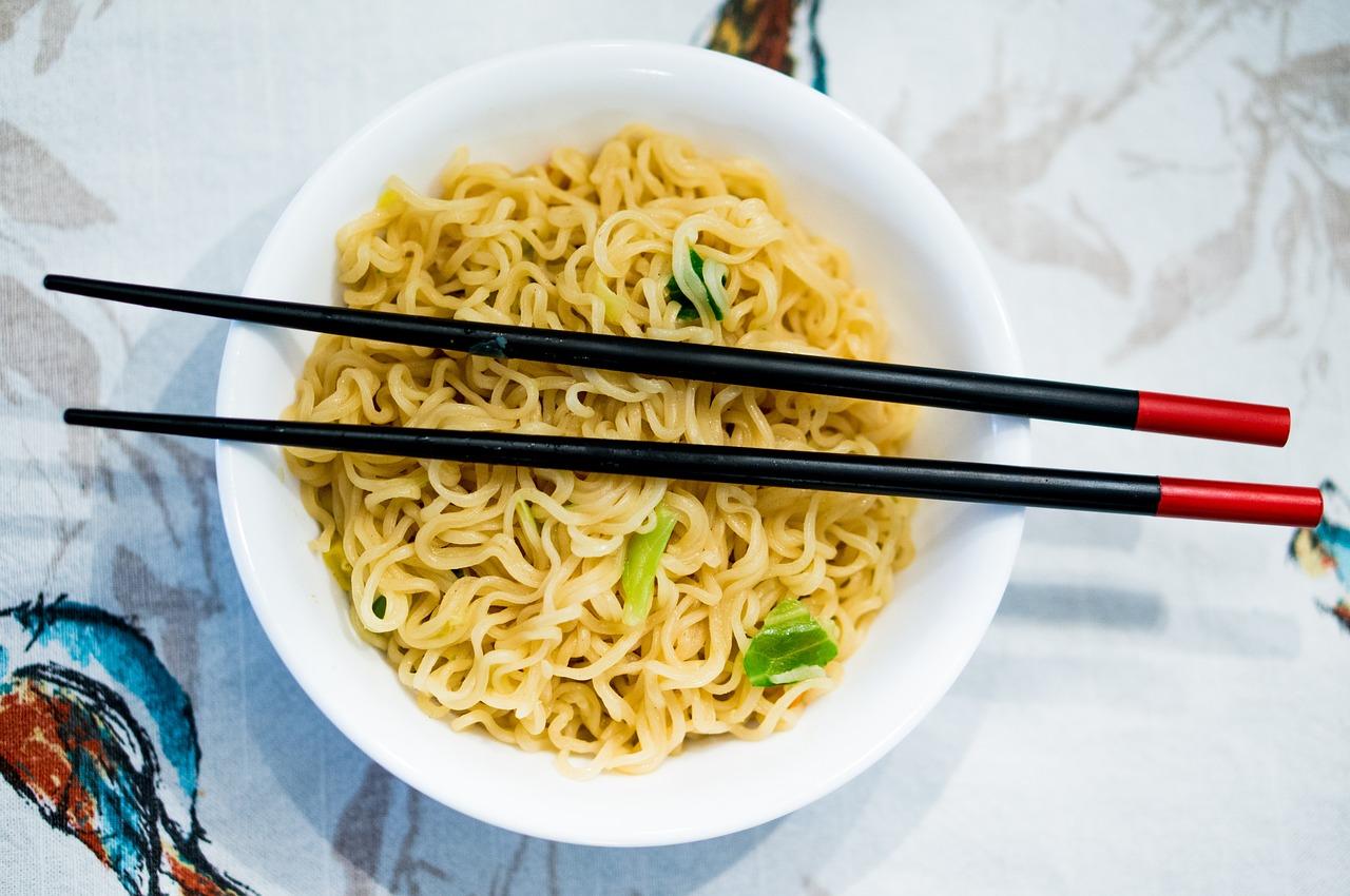 Zupki chińskie – czyli smaczna trucizna udająca prawdziwą zupę