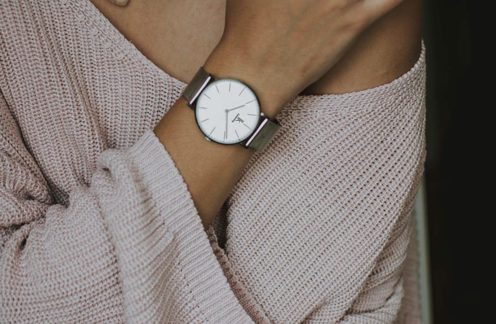 5 pomysłów na stylizację ze swetrem