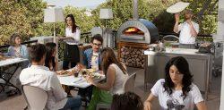 Ogrodowy piec do pizzy, czyli włoska kuchnia przy twoim domu