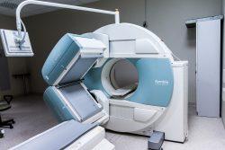 Jak wygląda badanie rezonansem magnetycznym?
